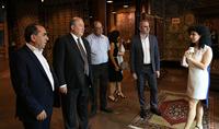 Президент Армен Саркисян посетил компанию «Мегерян карпет»