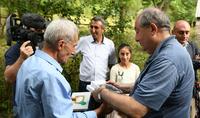 Вдохновлённый и восторженный я покидаю очаг Матевосянов - Президент Саркисян посетил «малую Родину» известного писателя Гранта Матевосяна, Ахнидзор