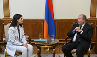 """President Sarkissian received representatives of the """"Teach, Armenia"""" educational fund: Modern country means modern education"""