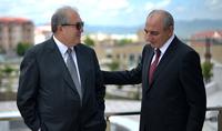 Состоялся телефонный разговор Президента Армена Саркисяна с Бако Саакяном
