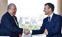 «Готов работать с Вами в направлении укрепления сотрудничества между двумя нашими странами», - Президента Саркисяна поздравил Эмманюэль Макрон