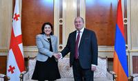 Վրաստանը մեծ նշանակություն է տալիս Հայաստանի հետ հարաբերությունների զարգացմանը. Սալոմե Զուրաբիշվիլին շնորհավորական ուղերձ է հղել նախագահ Սարգսյանին