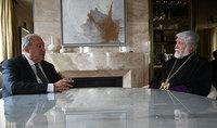 Նախագահ Սարգսյանը Ժնևում հանդիպել է Արամ Ա կաթողիկոսի հետ
