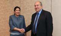 Միասին կարող ենք շատ ավելին անել մեր երկրների ու ժողովուրդների համար. նախագահ Սարգսյանը հանդիպել է Վրաստանի նախագահի հետ