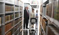 Կատարի ազգային գրադարանի համագործակցությունը Հայաստանի ազգային գրադարանի ու Մատենադարանի հետ արժեքավոր կլինի․ նախագահ Սարգսյանը հյուրընկալվել է Կատարի ազգային գրադարանում