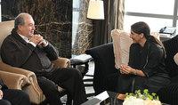 Հանրապետության նախագահ Արմեն Սարգսյանը հանդիպել է ԱՄԷ սննդի անվտանգության պետնախարարի հետ
