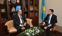 Президент Армен Саркисян по случаю Дня независимости Казахстана посетил Посольство Казахстана в Армении