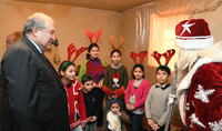 President was hosted at a multi-child family in Aknashen: be assured that attention towards you in our country will increase