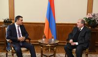 Президент Саркисян принял Защитника прав человека Армана Татояна