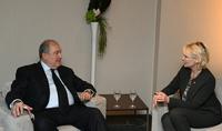 Պատմականորեն ձևավորված բարեկամական հարաբերություններ․նախագահ Արմեն Սարգսյանը Դավոսում հանդիպել է Շվեյցարիայի Ազգային խորհրդի նախագահ Իզաբել Մորեի հետ