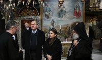Այն արժեքները, որ մենք կերտել ենք Երուսաղեմում, ոչ միայն մերն են, այլև համաշխարհային մշակույթինը. նախագահ Արմեն Սարգսյանը և տիկին Սարգսյանն այցելել են Երուսաղեմի Սուրբ Հակոբեանց Մայր տաճար