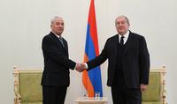 Возможностей сотрудничества намного больше, чем нынешний уровень – Президент Саркисян принял верительные грамоты новоназначенного посла Украины в Армении