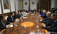 Президент Республики Армен Саркисян встретился с группой руководителей и представителей коммерческих банков Армении