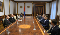 President Sarkissian hosted the YSU team which participated to the International Collegiate Programming Contest: victories in the area of science and education are equal to the victories in Olympic Games