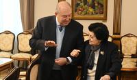Նախագահ Արմեն Սարգսյանը հյուրընկալել է տիկին Ռիմա Դեմիրճյանին