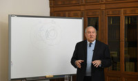 Why can't Armenia create its own artificial lung ventilation device? President Sarkissian expects proposals-solutions from the future engineers and doctors and promises to invest in a workable solution