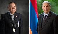 Президент Армен Саркисян имел телефонный разговор с известным учёным Йозефом Бабикяном