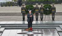 Հաղթանակի և խաղաղության օրը նախագաh Արմեն Սարգսյանն այցելել է «Հաղթանակ» զբոսայգի