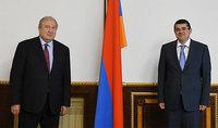 На пути построения Арцаха важно участие всех нас. Президент Армении Армен Саркисян провёл телефонный разговор с Араиком Арутюняном