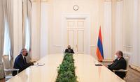 Արցախը ևս մեկ անգամ ապացուցեց, որ երկիր է, որտեղ մարդիկ պետականորեն են մտածում և գործում. նախագահ Արմեն Սարգսյանն ընդունել է Արցախի ԱԺ նախագահին