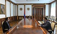 Հանրապետության նախագահը պատրաստակամ է համավարակի հետևանքների հաղթահարման գործում այսուհետ ևս աջակցել տարբեր երկրների և կառույցների հետ կապերի հաստատմանը. նախագահ Սարգսյանը հանդիպում է ունեցել առողջապահության նախարարի հետ