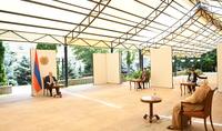 Президент Армен Саркисян принял посла ОАЭ в Армении Мухаммада Аль Зааби в связи с завершением его дипломатической миссии