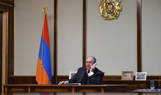 Справедливая и пользующаяся доверием народа судебная система – опора развития и стабильности страны. Президент Саркисян провёл телефонный разговор с Председателем ВСС