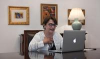 Никогда не отчаивайтесь с трудных ситуациях. Госпожа Нунэ Саркисян в он-лайн режиме обсудила с маленькими читателями книгу «Волшебные пуговицы».