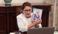 Ինձ օգնում է ստեղծագործել երեխաների հանդեպ սերը. տիկին Նունե Սարգսյանը հեռավար հանդիպում է ունեցել Հայաստանի տարբեր մարզերի փոքրիկ ընթերցողների հետ