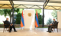 Հույս ունեմ, որ Հայաստանը, օգտագործելով իր առանձնահատկությունները և առավելությունները, կկարողանա հաղթահարել դժվարությունները. նախագահ Արմեն Սարգսյանն աշխատանքային հանդիպում է ունեցել վարչապետ Նիկոլ Փաշինյանի հետ