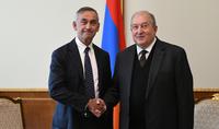 Президент Армен Саркисян встретился с лордом Ара Дарзи