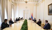 Для нас дружба и доверие, особенно сегодня, имеют большое значение – Президент Армен Саркисян принял Министра иностранных дел Греции