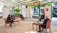 Президент Армен Саркисян принял вице-мэра Парижа Ануш Торанян