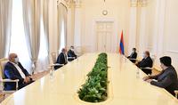 Президент Армен Саркисян принял представителей партии «Национальная повестка»