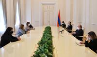 Мы должны сделать всё, чтобы все вместе – от Армении до Арцаха смогли подняться. Для этого важно быть едиными как нация и государство. Президент Армен Саркисян принял группу жителей Гадрута