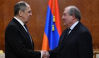 Армянский народ благодарен России и Президенту РФ за помощь, оказанную особенно в эти трудные дни. Президент Саркисян встретился с Сергеем Лавровым