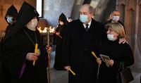 Церемония поминовения героев, павших во имя Отечества, во всех армянских церквях мира