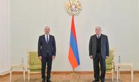 Президент Армен Саркисян принял верительные грамоты новоназначенного посла Беларуси в Армении