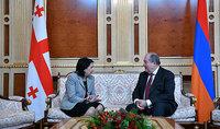 Президента Армена Саркисяна по случаю праздников Нового года и Святого рождества поздравили Президент Грузии Саломе Зурабишвили и Премьер-министр Гиорги Гахария