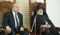 Президент Республики Армен Саркисян в Святом Первопрестольном Эчмиадзине встретился с Католикосом всех армян Гарегином II
