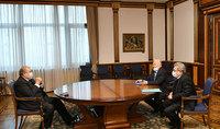 Նախագահ Արմեն Սարգսյանը հանդիպել է ԳԱԱ նախագահ Ռադիկ Մարտիրոսյանի և փոխնախագահ Յուրի Շուքուրյան հետ