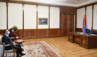"""Le Président Sarkissian a rencontré les représentants du parti """"Héritage"""""""