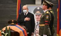 Նախագահ Արմեն Սարգսյանը ներկա է գտնվել Արցախի հերոս, գեներալ-մայոր Արկադի Տեր-Թադևոսյանի հոգեհանգստի արարողությանը