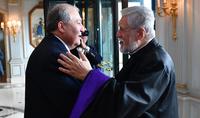 Unis et avec une foi renouvelée, nous devons ouvrir une nouvelle page lumineuse dans l'histoire de l'Arménie. Le Catholicos de la Grande Maison de Cilicie Aram Ier a félicité le Président Armen Sarkissian à l'occasion de la Sainte Pâque