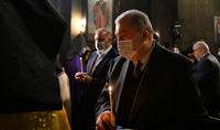 Le Président de la République Armen Sarkissian a assisté à la Liturgie Divine aux chandelles du Samedi Saint au Monastère St. Gayané
