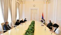 Նախագահ Արմեն Սարգսյանն ընդունել է Հայաստանի ժուռնալիստների միության պատվիրակությանը