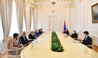 Le président Armen Sarkissian a rencontré les recteurs et les responsables de plusieurs universités