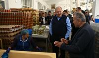 Մեր երկրի զարգացման օրակարգը պետք է ձևավորվի հենց մե՛ր կողմից ու իրականություն դառնա մե՛ր աշխատանքով. նախագահ Սարգսյանը ուղերձ է հղել Աշխատանքի օրվա առթիվ