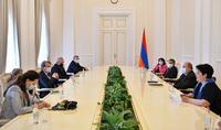 Nous devons conjuguer nos efforts pour faire de l'Arménie un pays développé et puissant. Le Président Armen Sarkissian a reçu la délégation parlementaire française