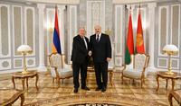 Cette grande victoire restera à jamais dans l'histoire héroïque de nos pays. Le Président de la Biélorussie Alexandre Loukachenko a félicité le Président Armen Sarkissian